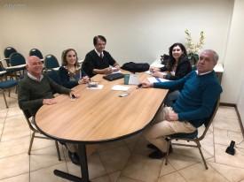 Equipe do CRCPR reúne-se com representantes da Receita Estadual e Federal em Pato Branco e Umuarama