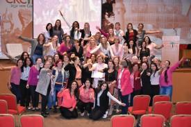 Outubro Rosa: palestras sobre prevenção e combate ao câncer emocionam participantes